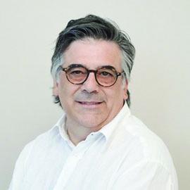 por J. Vidal-Jové, director